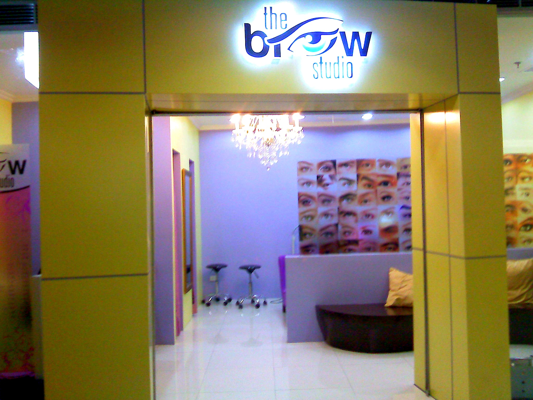 Well-Groomed Brows at the Brow Studio – Lust and Wandering
