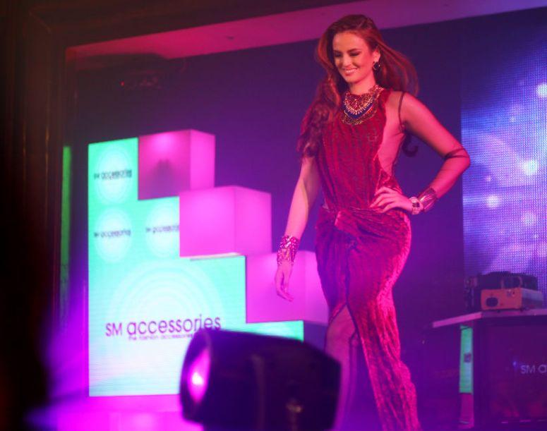 sm accessories show 8