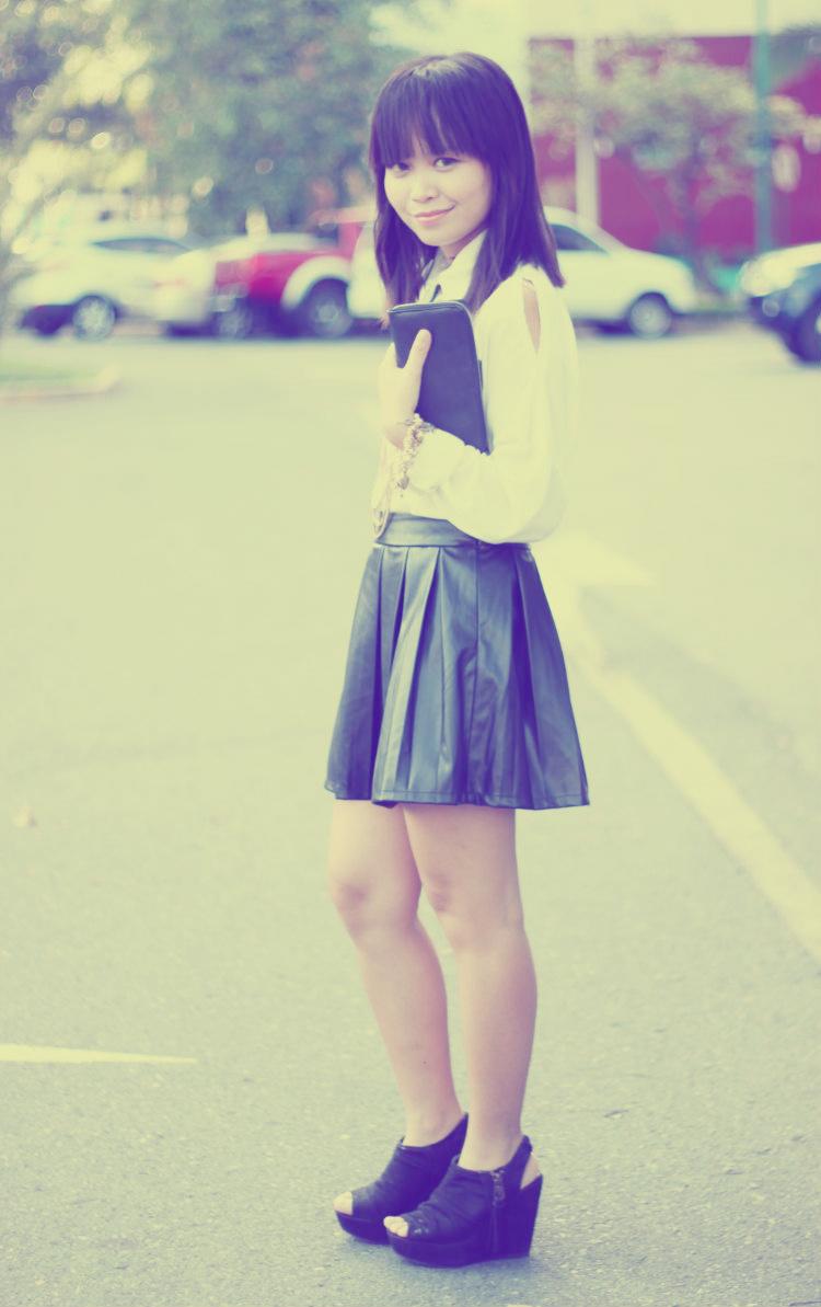 white shirt leather skirt 4