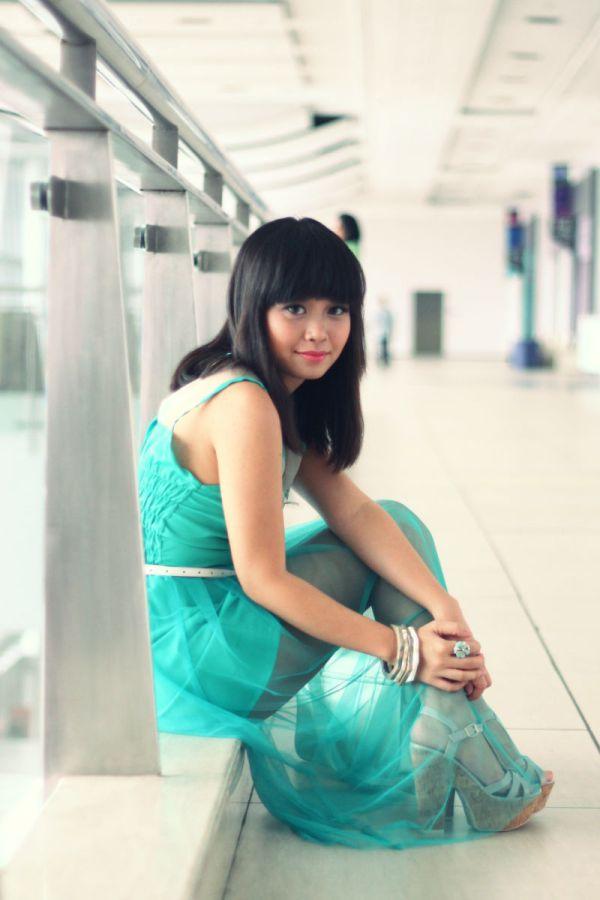 green girl 3