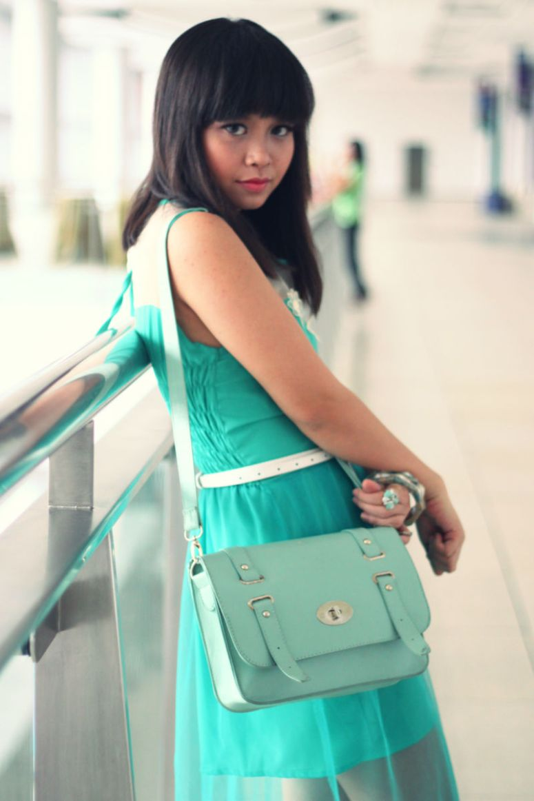 green girl 4